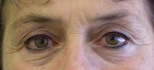 Wedged eyeliner